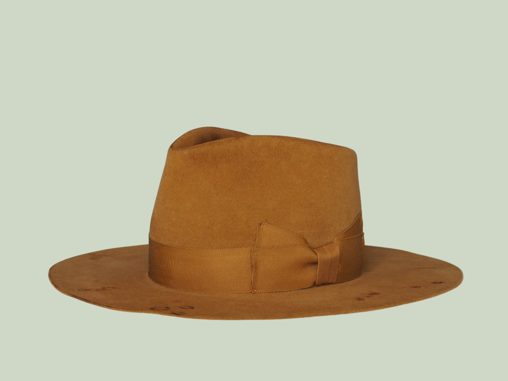 Fur Felt Hat in Golden Brown